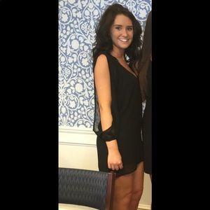 Black Tobi dress with open long sleeves